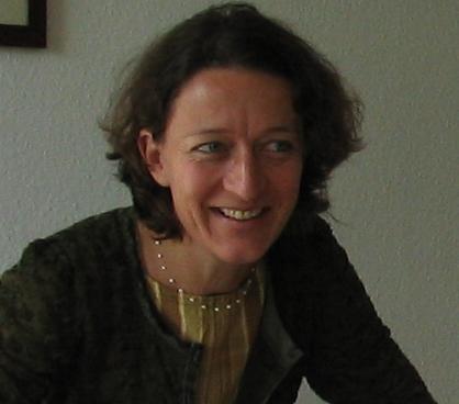 Frau Manuela Blume berät Sie gerne, welcher Kurs zu Ihrem besten Erfolg beiträgt